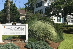 Funeral Home 0000228 Wm a Bradley Son Chatham NJ Yard Gallery Wabs 3